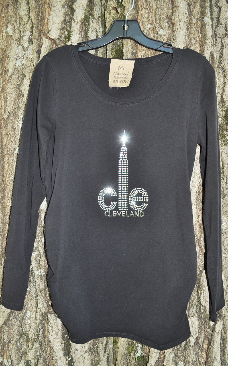 Pregnant Medium CLE Tshirt 5004