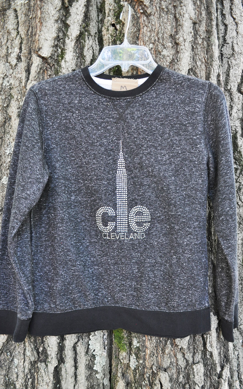 Medium CLE sweatshirt 5006