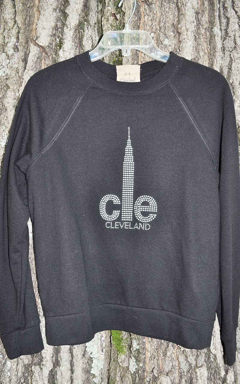 Medium CLE sweatshirt 5007
