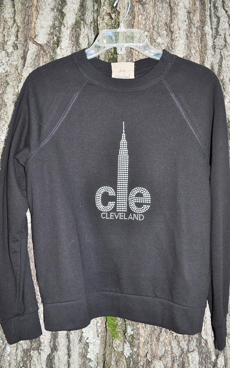 Medium CLE sweatshirt 5007
