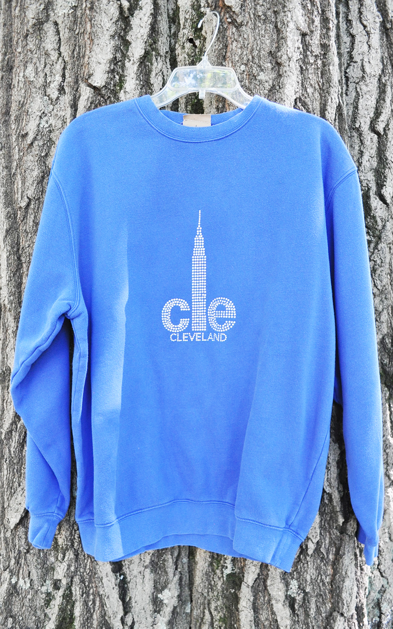 XL CLE sweatshirt 5011