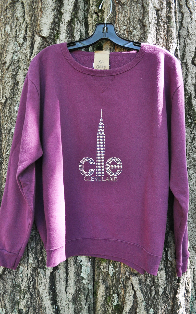 XL CLE sweatshirt 5016
