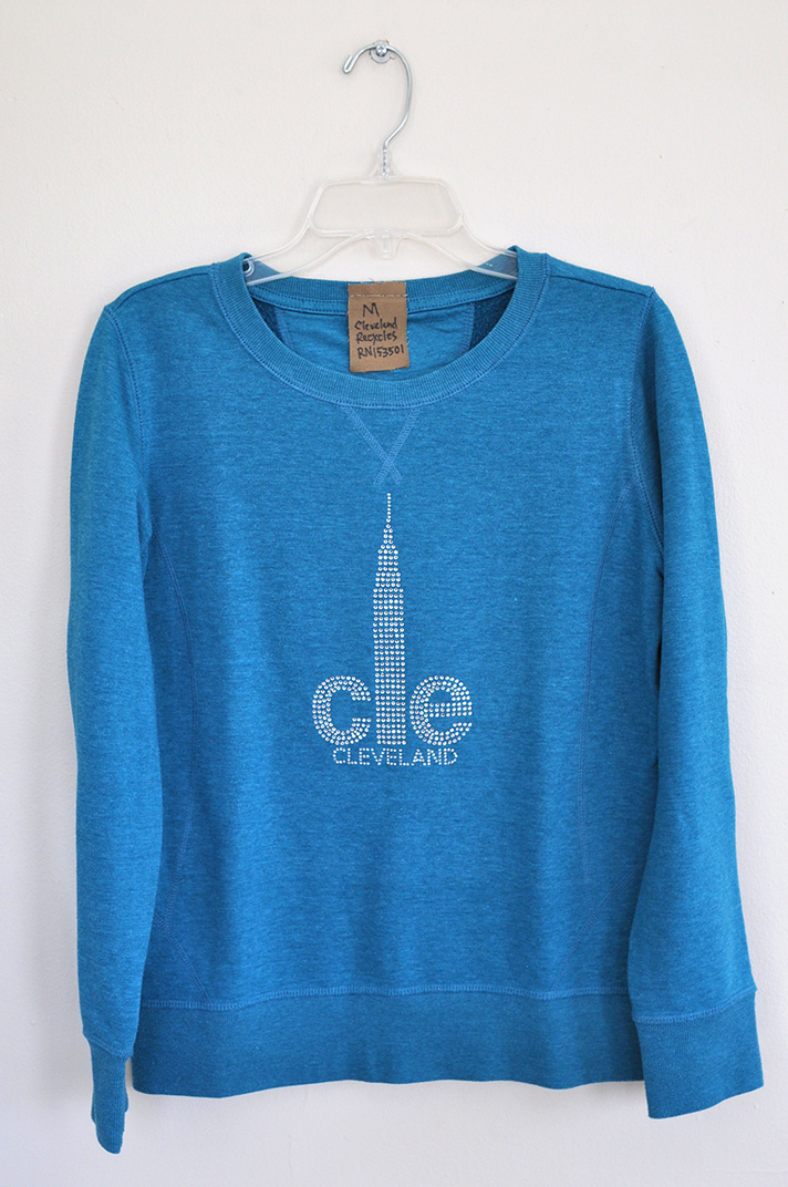 Medium CLE sweatshirt 5019