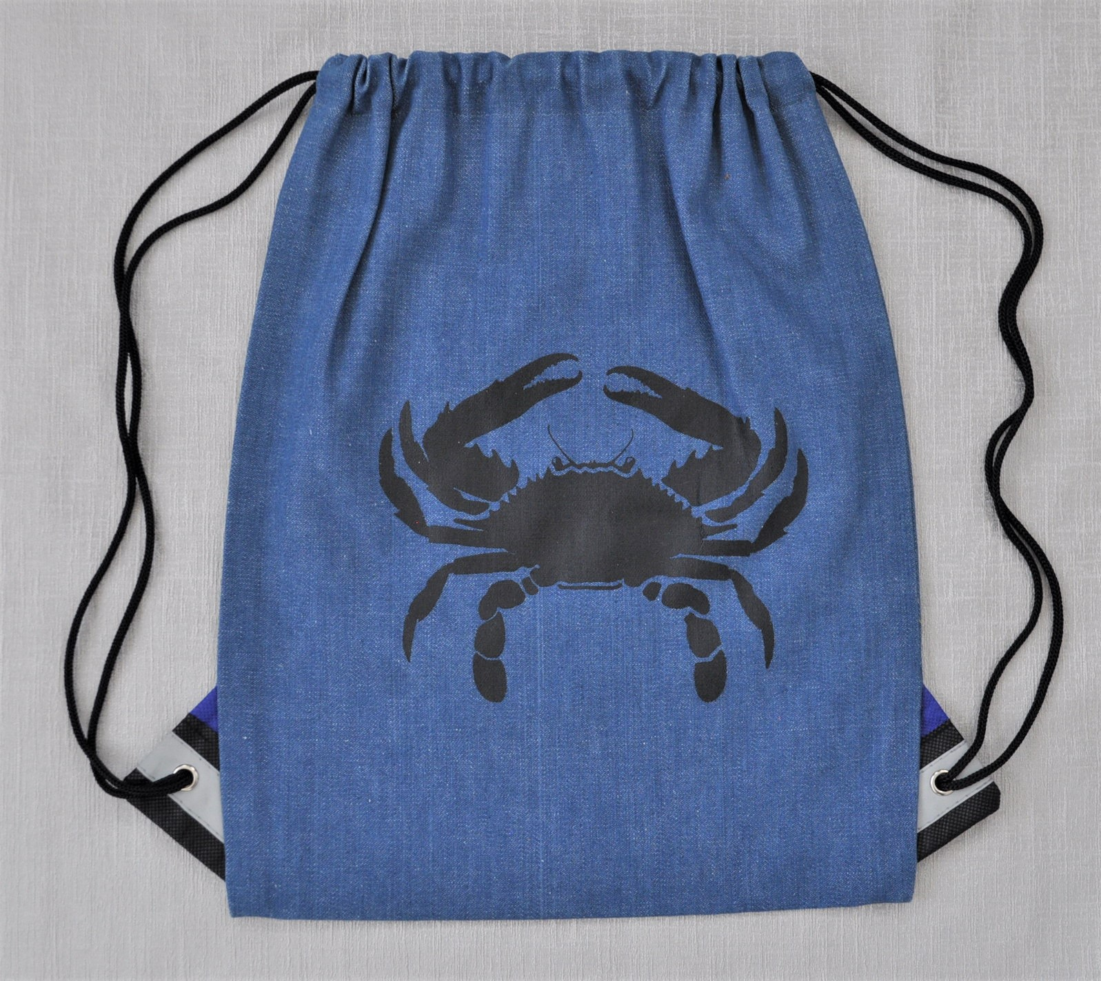 Crab backpack 3